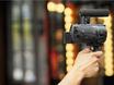选索尼4K摄像机AX60拍个性VLOG