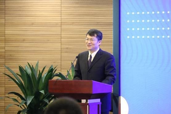 餐饮行业总经理_天极网 it新闻    人民数字副总经理张国君首先对各位新餐饮企业的到