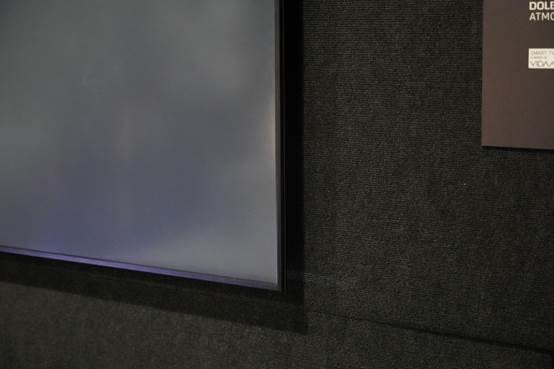 图片包含 室内, 墙壁, 地板  描述已自动生成