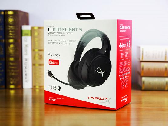 无线充电 HyperX Cloud Flight 无线游戏耳机评测