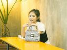 陈钰琪夏日写真来袭 尽显青春活力与自信态度-中国女明星
