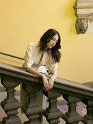 杨之楹质感写真曝光 俏皮中又带有小性感-中国女明星