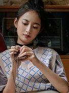 陈钰琪写真曝光 随性动作充满青春活力-中国女明星