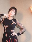 杨恭如曝最新居家大片 精致眉眼美翻了-中国女明星