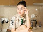 女神警服展示好身材 包不住的诱惑-美女写真