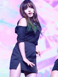 AOA演唱会热血开唱 万人粉丝狂欢