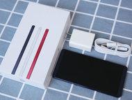 超大屏长续航高性能 热门手机选购指南