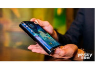 华为MATE X折叠屏手机再次虐iPhone