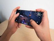 """视频手机带不动游戏?看看""""双料冠军""""OPPO Reno6系列怎么玩"""
