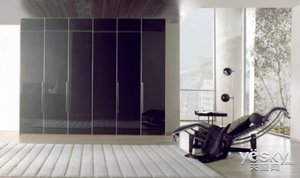 家里的衣柜可以很多 卧室衣柜怎么放才能更合理