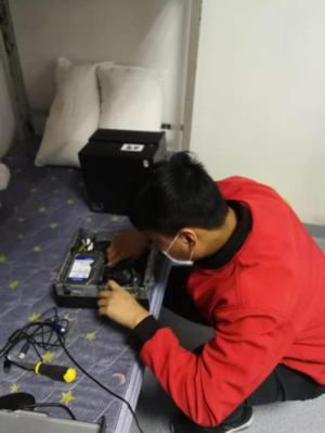 """联想智能云桌面为郑州""""小汤山""""IT设备部署提供强助力"""