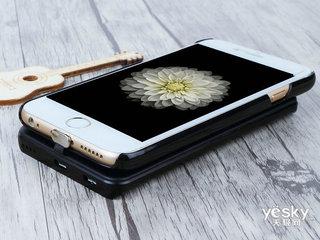 鹰果iphone磁吸触点式背夹移动电源(4.7英寸屏幕)