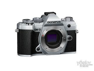 奥林巴斯E-M5 III