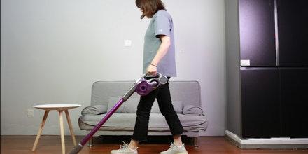 软妹纸也能用的吸尘器 吉米艾买提A8上手把吸尘器体验