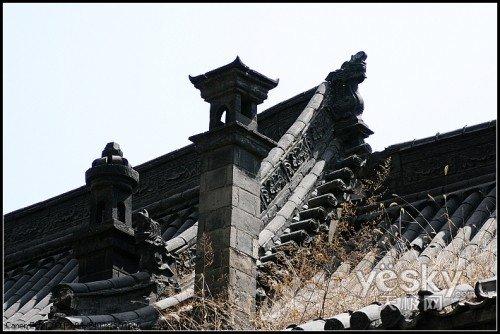屋顶的那些装饰花纹很精致