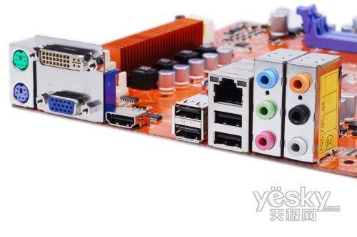 主板的vga接口电路图