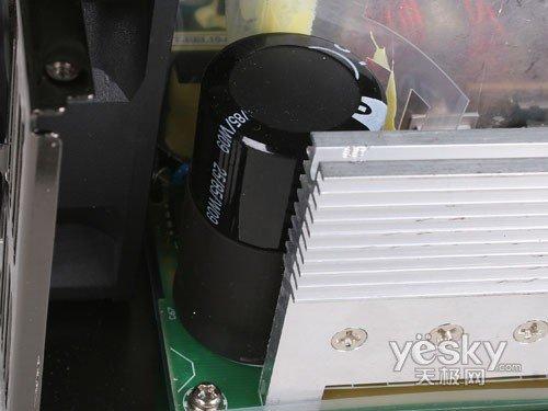 长城巨龙双动力800SP电源高压滤波电容-品质之选 长城BTX 800SP服
