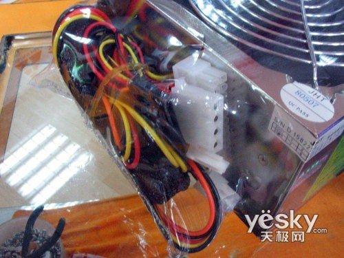 atx-s300加强版电源299元电源航嘉冷静王,机箱大水牛200元的预算足够