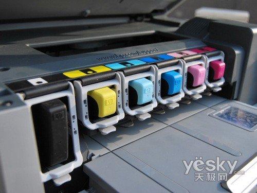复合·一体机 正文    墨盒方面,c7288采用惠普市场成熟,价格稳定的