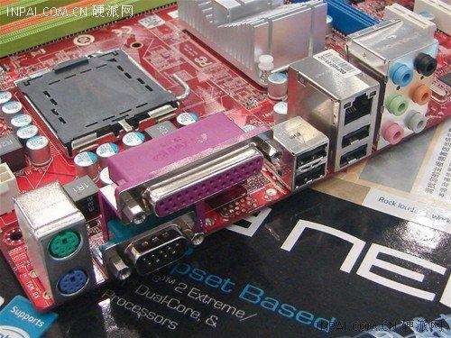 声卡方面使用的是alc 888 8声道高保真声卡,网卡使用的是rtl8111c