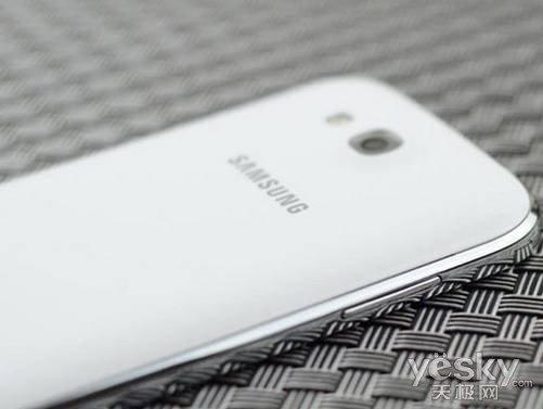 三星i879是三星推出的一款商务手机机型,被称为note ii的迷你版.