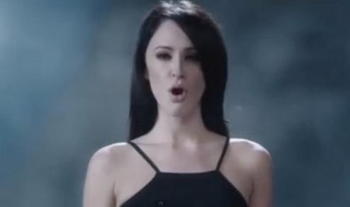 色情vip_美国香烟广告因太色情遭投诉:内容充满性暗示
