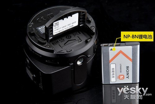3wh的充电式锂电池,对于一块不需要屏幕的镜头相机来说,电池的续航是