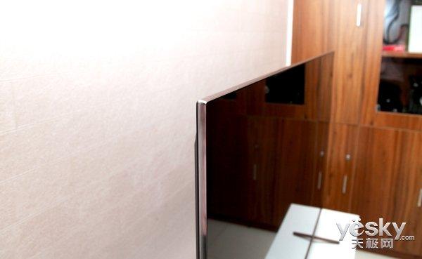 古画风韵木纹设计 酷开6C护眼电视评测