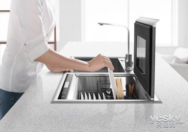 """别急!洗碗机并不能""""完全""""解放你的双手"""