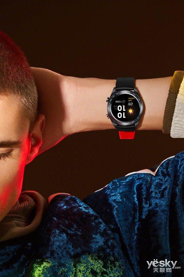 天猫双十一囤货清单:荣耀手表超值预约活动