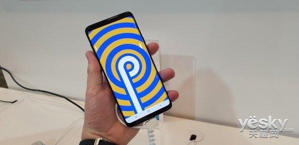 折叠手机真的来了!三星推OneUI,谷歌也宣布打造Android定制系统