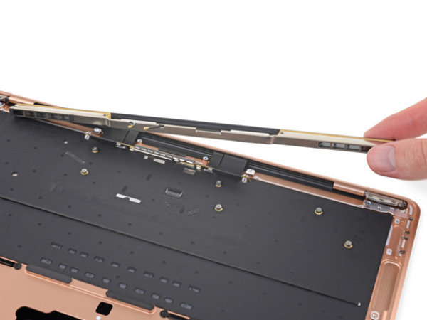 新MacBook Air拆解:模块化设计便于维修,板载内存和存储是硬伤