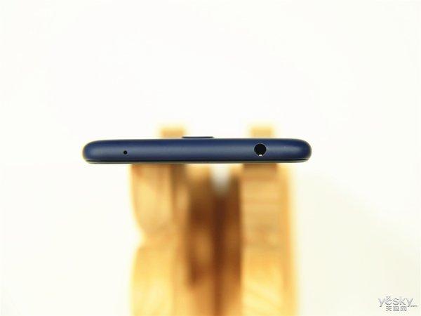 """""""不用想 ・ 就敢买""""大 ・ 有作为 Nokia 3.1 Plus"""