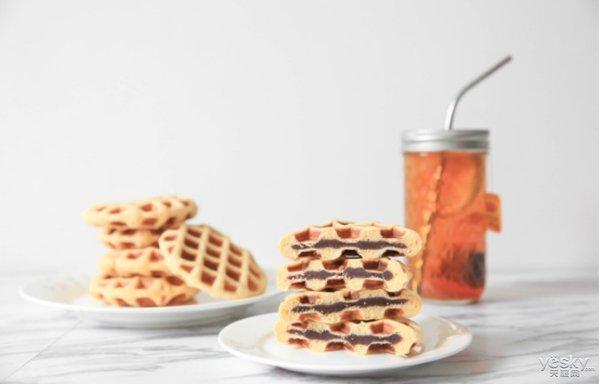 极客美食:香甜松软-电饼铛版豆沙华夫饼