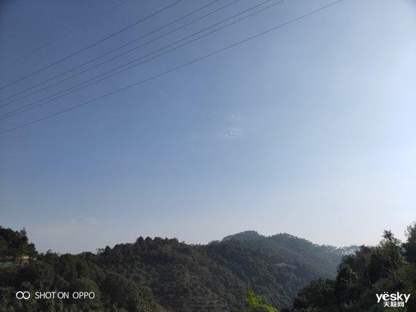 OPPO R17 Pro新年版拍照评测:18K金围绕的摄像头下彰显温暖