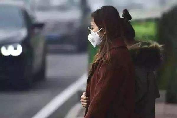 """西安遭遇新年第一""""霾"""" 1月重污染高发不能大意"""