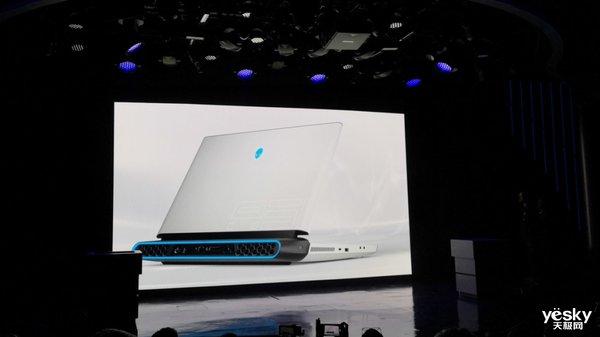 CES2019戴尔发布全新设计ALIENWARE 搭载RTX20系列显卡和i9 9900K