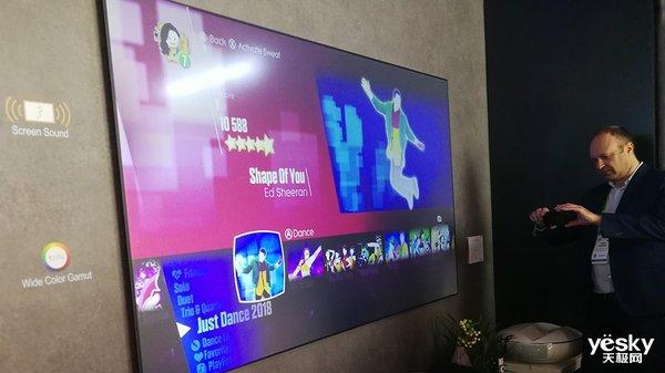 CES亮点多  长虹三色4K激光电视C7UT成展会MVP
