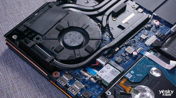雷神911 Pro游戏本首发评测:亮点不只NVIDIA RTX 20系显卡