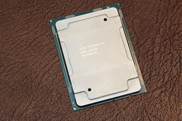 英特尔Xeon W-3175X上市 零售价2999美元