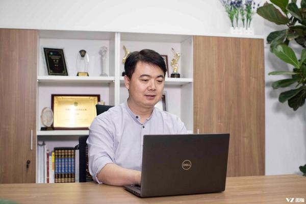 """打扮家CEO崔健:所谓""""天生创业家"""""""