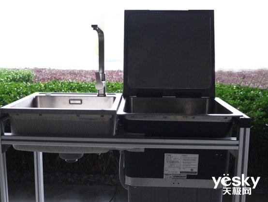 方太水槽洗碗机评测:选洗碗机?不如选水槽洗碗机