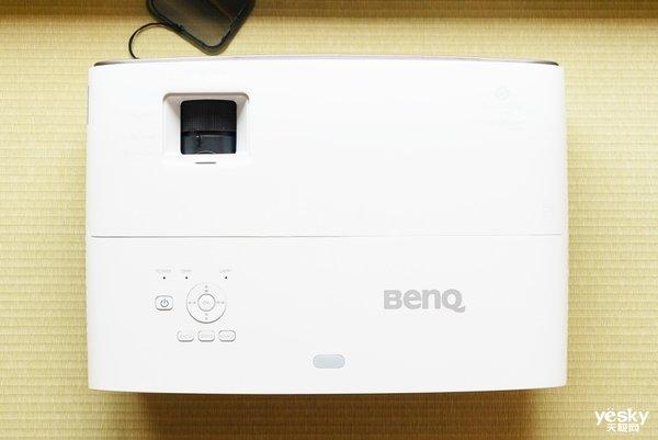 """好色之""""途"""",明基广色域色准4K家用投影机W2700体验评测"""