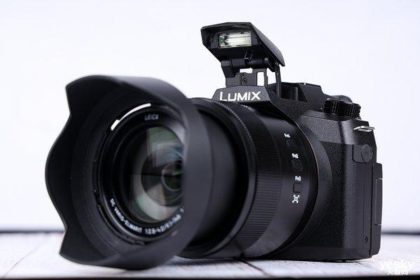 松下LUMIX FZ1000 II