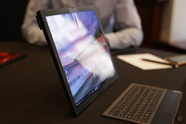 """折叠屏PC:联想又一次""""大胆""""的尝试"""