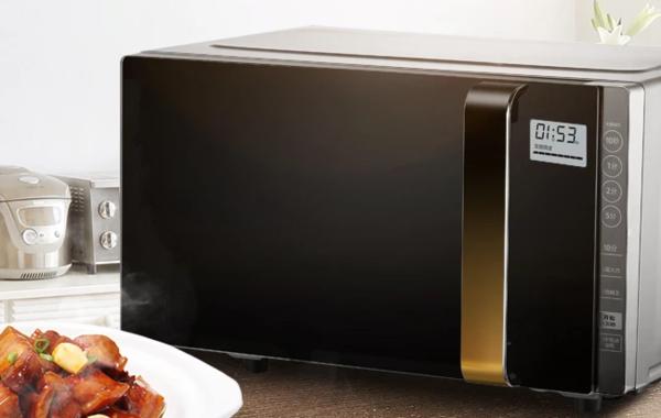 微波炉加热时外壳很烫是正常现象吗?