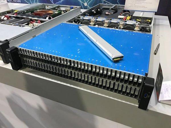 AMD EPYC的服务器可配备108个英特尔Ruler固态硬盘
