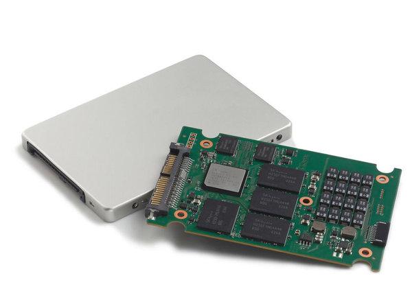 SK海力士推新企业级固态硬盘:72层闪存/8TB