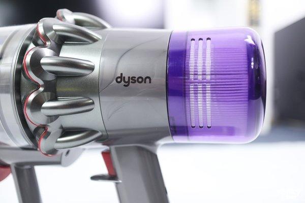如何培养搞卫生的男生?戴森V11无线手持吸尘器上手体验