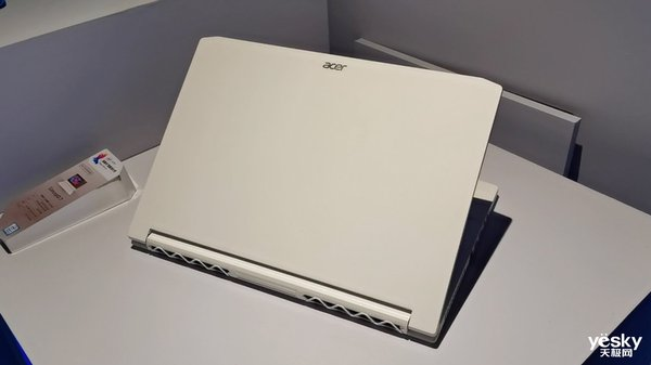 英特尔创意设计PC:Acer ConceptD 7专为设计师打造